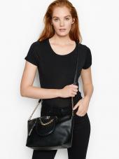 Stilinga juoda rankinė